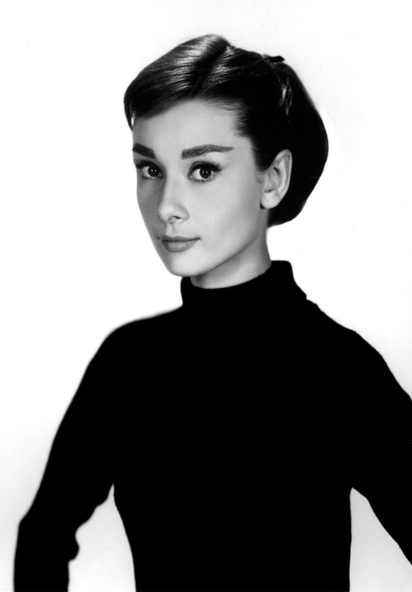 audrey hepburn prints posters wall art print poster any size black and white poster. Black Bedroom Furniture Sets. Home Design Ideas